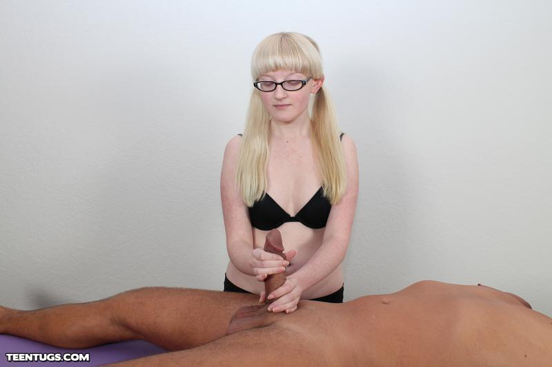 A lucky client gets a full service massage 7