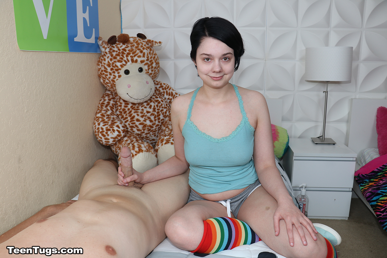 Lilly Marie Giving Her First Handjob-1608