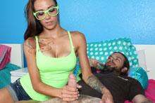 Sexy Babe Sasha Foxxx Stroking A Homeless - Picture 7